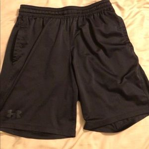 Mens UA Under Armour heat gear shorts Sz: M